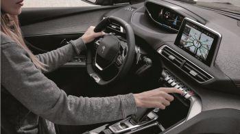 Peugeot 5008, conectividad elevada en un SUV